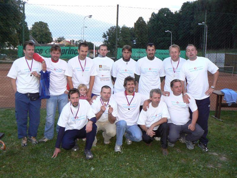 Společné foto účastníků ligy